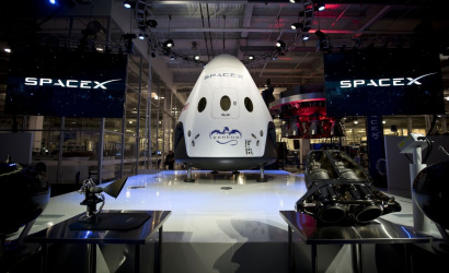 SpaceX plans to deliver tourists to space since 2021